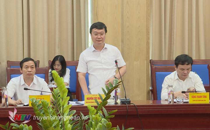 Chủ tịch UBND tỉnh Nguyễn Đức Trung phát biểu tiếp thu.