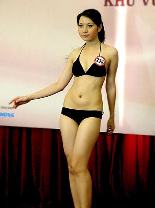 Cô gây ấn tượng với khán giả ở vẻ đẹp ngọt ngào cùng thân hình cân đối và quyến rũ.