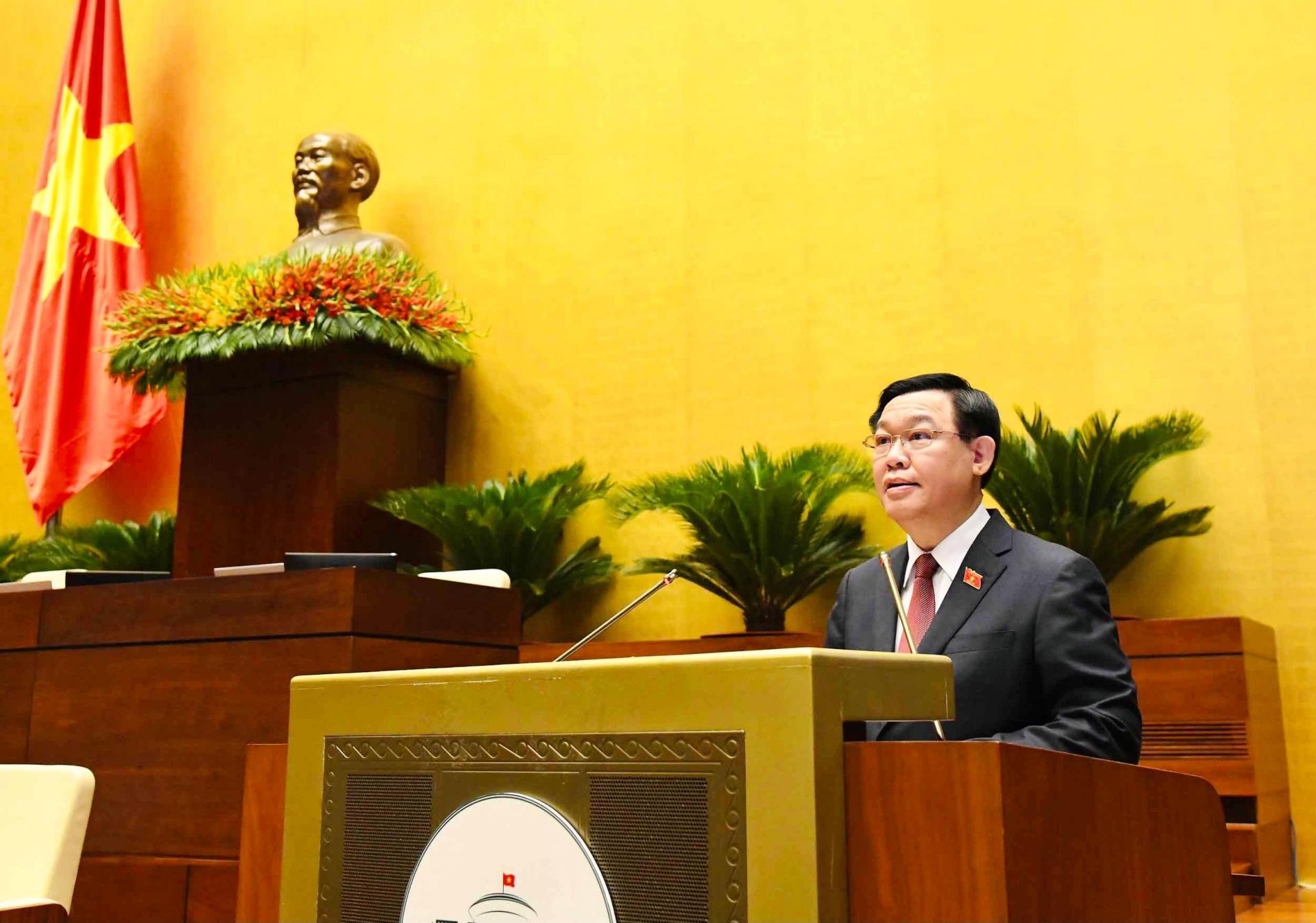 Chủ tịch Quốc hội Vương Đình Huệ phát biểu khai mạc kỳ họp.