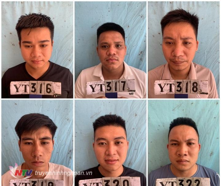 Các đối tượng trong đường dây cá độ bóng đá tiền tỷ                                                    bị bắt giữ tại huyện Yên Thành