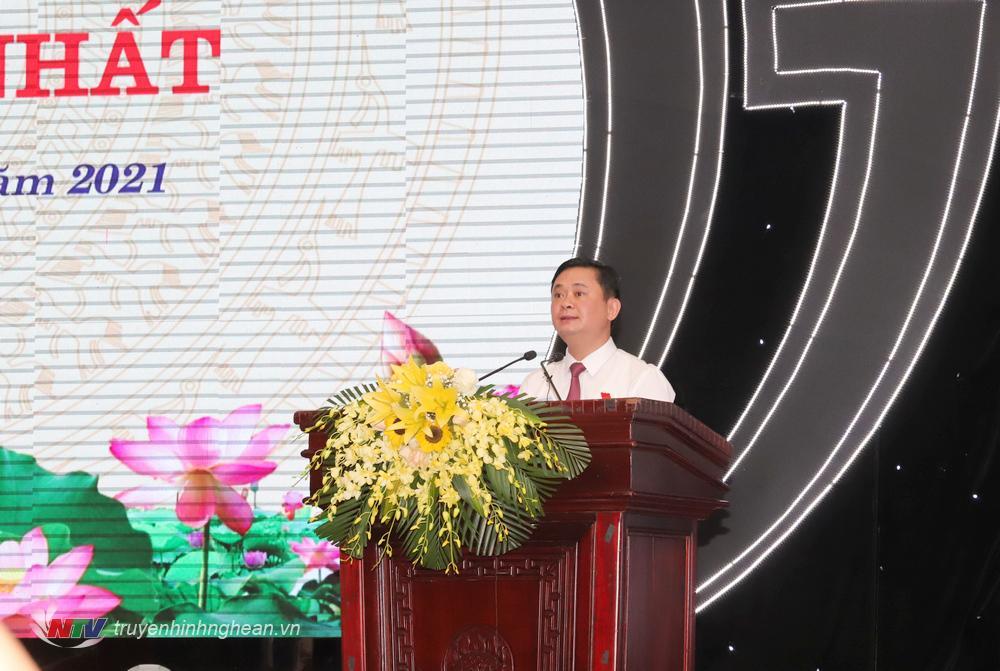 Đồng chí Thái Thanh Quý - Uỷ viên Trung ương Đảng, Bí thư Tỉnh uỷ, Chủ tịch HĐND tỉnh phát biểu tại kỳ họp.