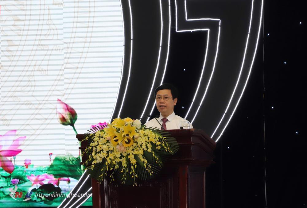 Đồng chí Nguyễn Xuân Sơn - Chủ tịch HĐND tỉnh khoá XVII phát biểu khai mạc kỳ họp.