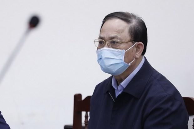 Bị cáo Nguyễn Văn Hiến, cựu Thứ trưởng Bộ Quốc phòng, cựu Tư lệnh Quân chủng Hải quân, nghe tuyên án.