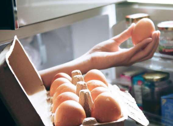 Các chất dinh dưỡng như iod, selen trong trứng gà rất quan trọng để tạo hóc môn tuyên giáp - bộ phận quan trọng kiểm soát cân nặng cũng như điều chỉnh trao đổi chất trong cơ thể.