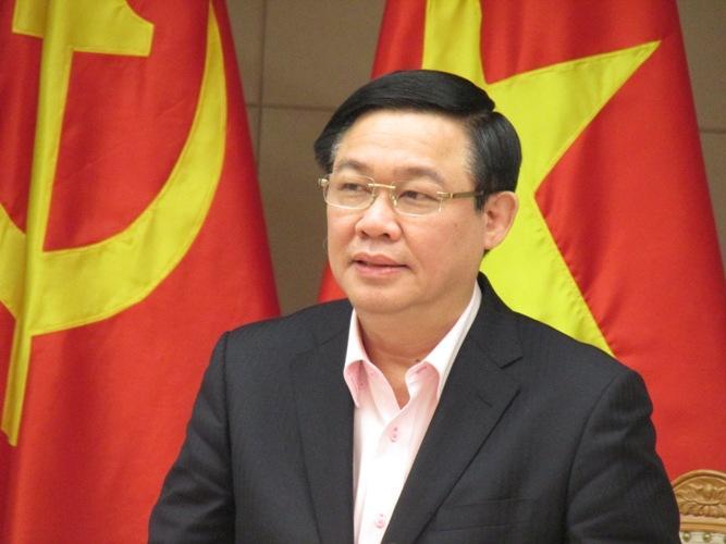 Ủy viên Bộ Chính trị, Phó Thủ tướng Chính phủ Vương Đình Huệ.