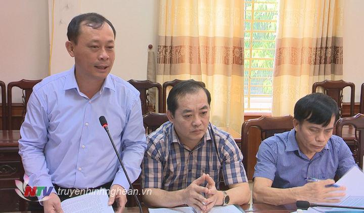 Bí thư Thành ủy Vinh Phan Đức Đồng phát biểu tại buổi làm việc.