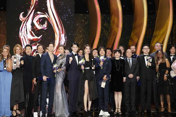 Các nghệ sĩ được nhận giải tại Seoul International Drama Awards 2019