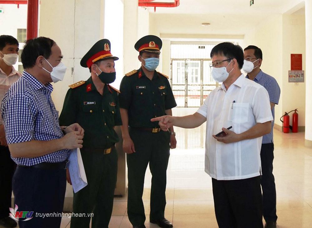 Phó Chủ tịch UBND tỉnh Bùi Đình Long cùng đoàn công tác kiểm tra thực tế
