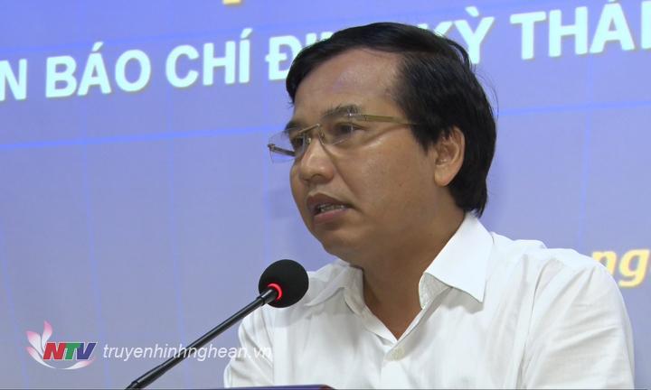 """Đồng chí Nguyễn Như Khôi - Tỉnh ủy viên, Giám đốc Đài PT-TH Nghệ An thông tin về tình hình triển khai chương trình nghệ thuật """"Bến Thủy anh hùng"""" diễn ra vào ngày 8/9 tới đây."""