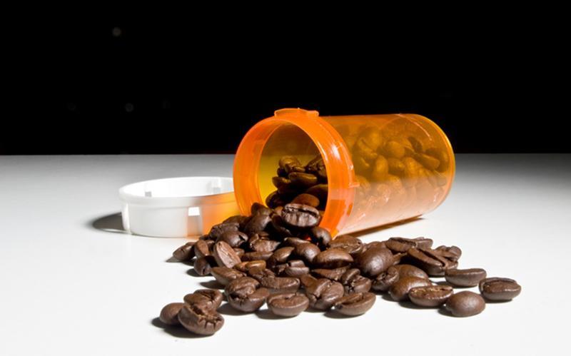 """Cafe có thể gây nghiện - Đây là điều mọi """"tín đồ"""" cafe hiểu rất rõ. Do vậy, hãy uống cafe đúng cách để tận hưởng vị thơm ngon của nó."""