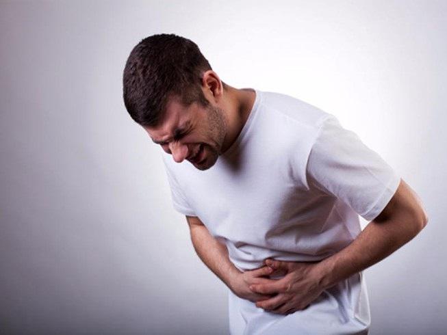 Với những người có tiền sử đau dạ dày thì cần hạn chế ăn chuối tiêu.