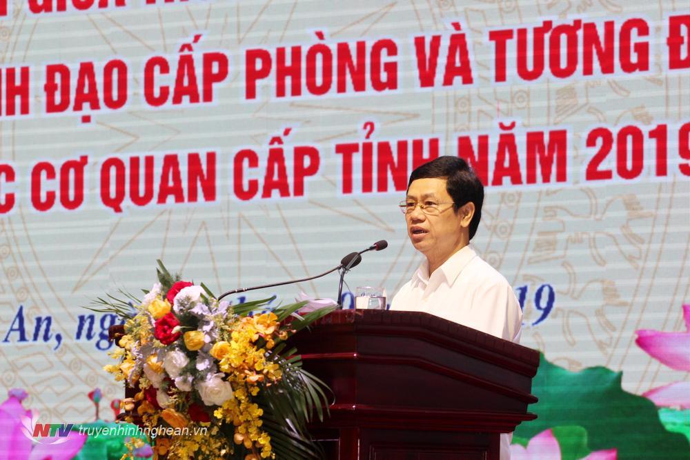 Phó Bí thư Tỉnh ủy Nguyễn Xuân Sơn phát biểu khai mạc hội nghị.