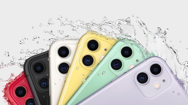 Cả ba mẫu đều trang bị khả năng chịu nước. iPhone 11 chịu được 30 phút ở độ sâu 2m; iPhone 11 Pro/Pro Max chịu được 30 phút ở độ sâu 4m.