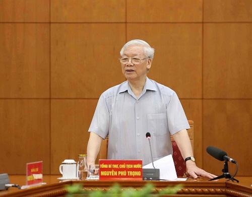 Tổng Bí thư, Chủ tịch nước Nguyễn Phú Trọng, Trưởng Tiểu ban Văn kiện Đại hội XIII của Đảng chủ trì cuộc họp.