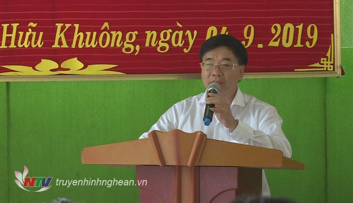Phó Bí thư Tỉnh ủy Nguyễn Văn Thông phát biểu tại lễ khai giảng.