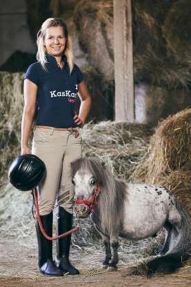 Bombel (Ba Lan)– chú ngựa nhỏ nhất thế giới, có chiều dài 56,7 cm.