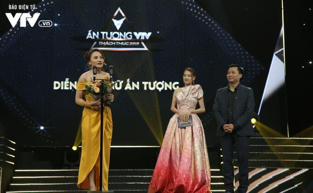 """Diễn viên Bảo Thanh nhận giải """"Diễn viên nữ ấn tượng"""""""