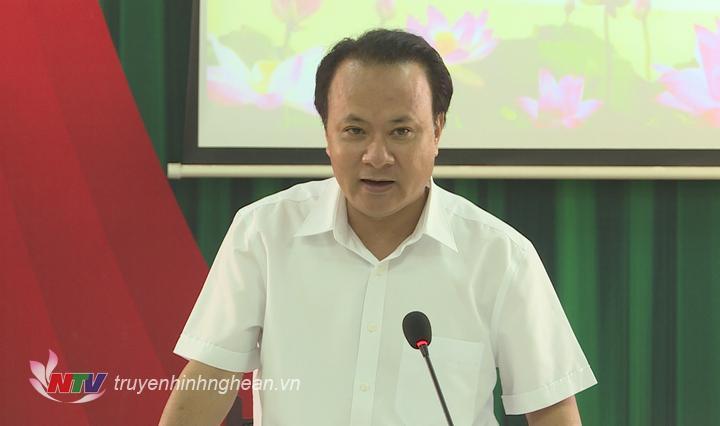 Đồng chí Nguyễn Nam Đình - Ủy viên Ban Thường vụ Tỉnh ủy, Bí thư Đảng ủy Khối CCQ tỉnh kết luận cuộc làm việc.