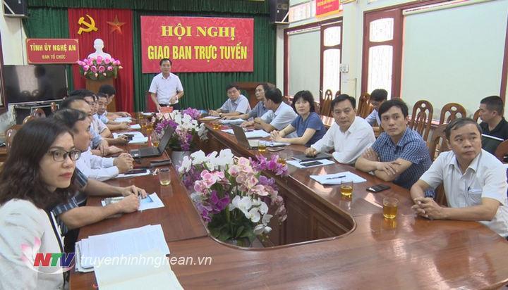 Hội nghị giao ban trực tuyến tại điểm cầu Nghệ An.