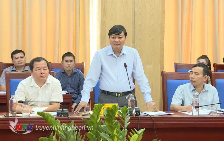 Phó Chủ tịch Thường trực UBND tỉnh Lê Hồng Vinh giao nhiệm vụ cho các Sở ngành liên quan và