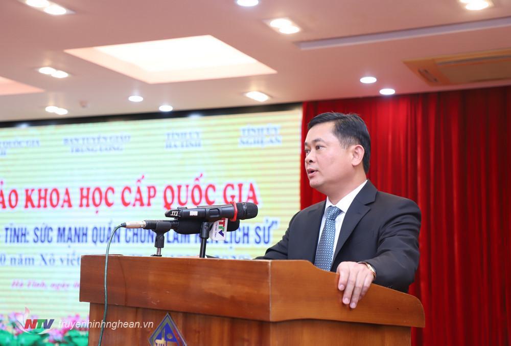 Bí thư Tỉnh uỷ Nghệ An Thái Thanh Quý điều hành hội thảo.