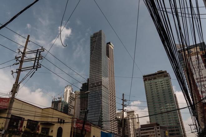 Tại Philippines, ông Trump cho phép một tòa nhà mang tên ông, trong khi đã trả 156.824 USD thuế cho chính quyền sở tại. Ảnh: New York Times.