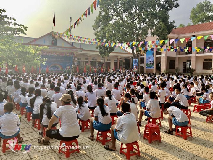 Lễ khai giảng năm học mới tại trường Mầm non Long Sơn Thị xã Thái Hòa.