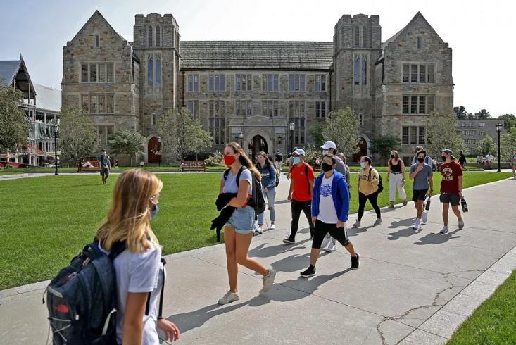 Sinh viên tại Đại học Boston, Massachusetts. Ảnh: Boston Herald