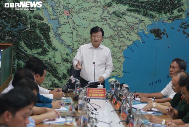 Phó Thủ tướng Trịnh Đình Dũng kết luận cuộc họp.