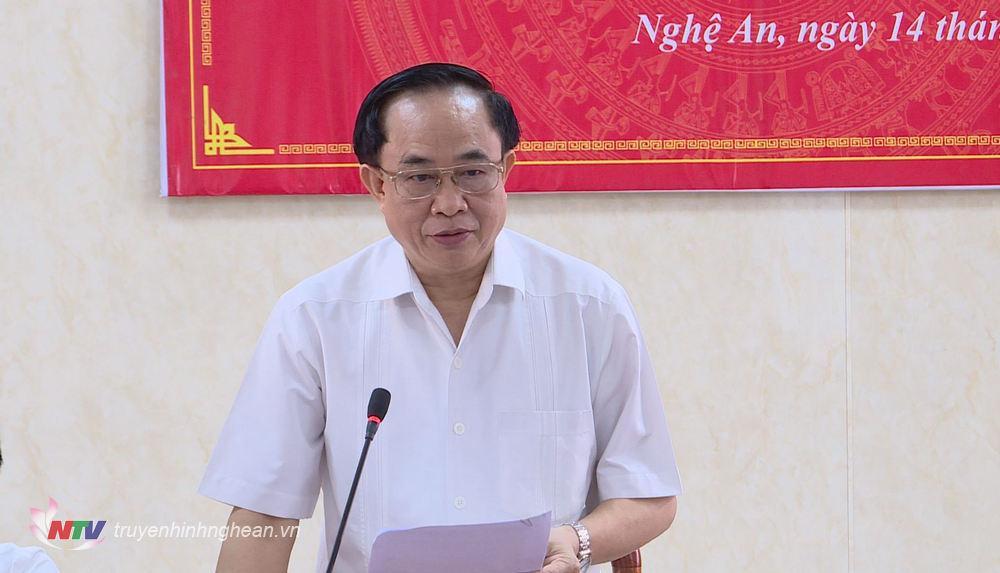 Giám đốc Sở Lao động - Thương binh và Xã hội Đoàn Hồng Vũ phát biểu tại hội nghị.