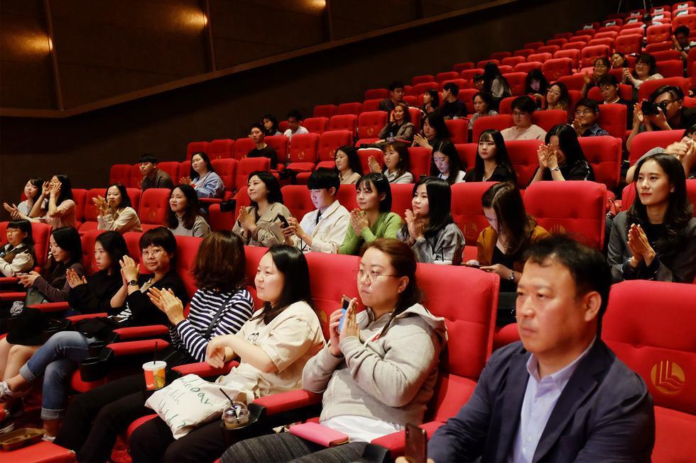 Khán giả tại Liên hoan phim Busan rất quan tâm đến ẩn ý đằng sau các tình tiết kinh dị -