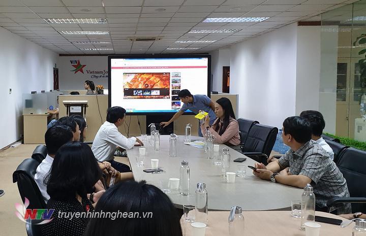 Học tập kinh nghiệm tại Truyền hình Văn hóa Du lịch (Vietnam Journey)