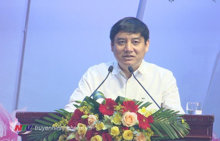 Bí thư Tỉnh ủy Nguyễn Đắc Vinh phát biểu tại buổi gặp mặt.
