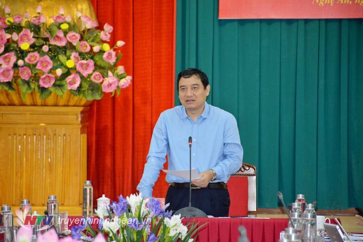 Bí thư Tỉnh ủy Nguyễn Đắc Vinh phát biểu kết luận hội nghị.