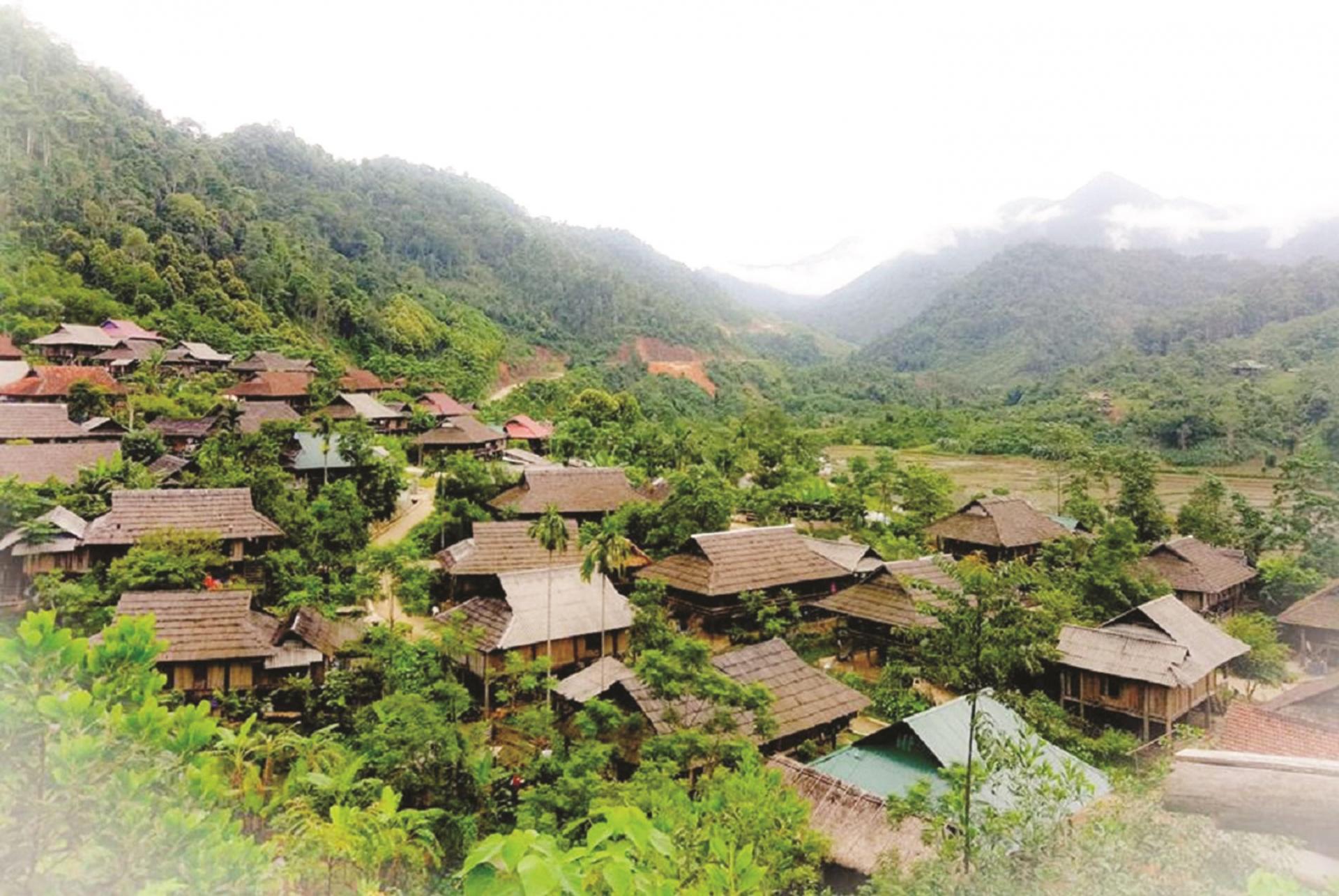 Một góc làng Thái cổ Mường Đán.