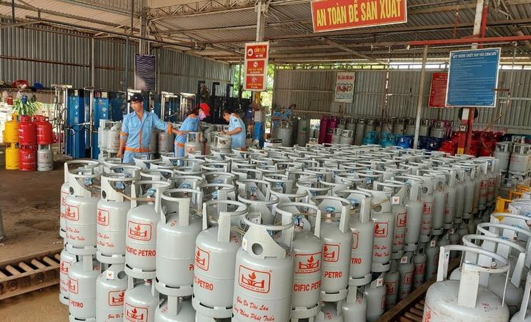 Giá gas liên tục tăng từ tháng 7 đến tháng 11.