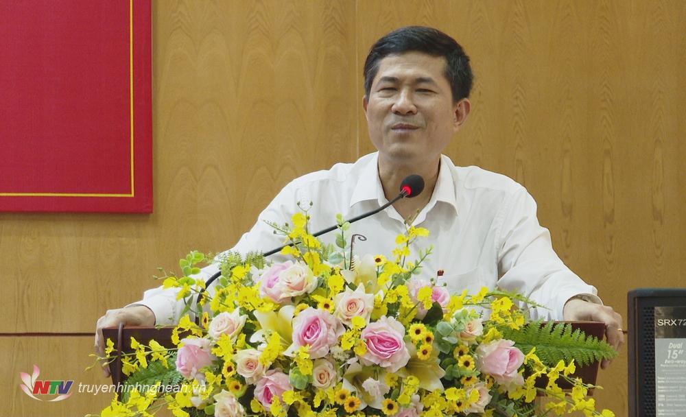 Giám đốc Sở GD-ĐT Thái Văn Thành phát biểu tại hội nghị.