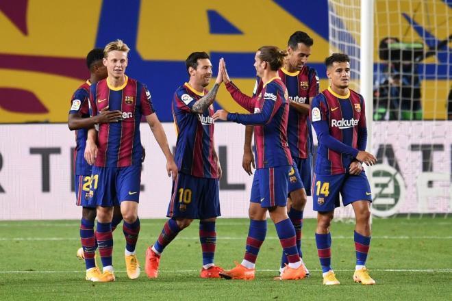 Messi và Barca vừa thắng trận thứ ba dưới thời HLV Koeman.