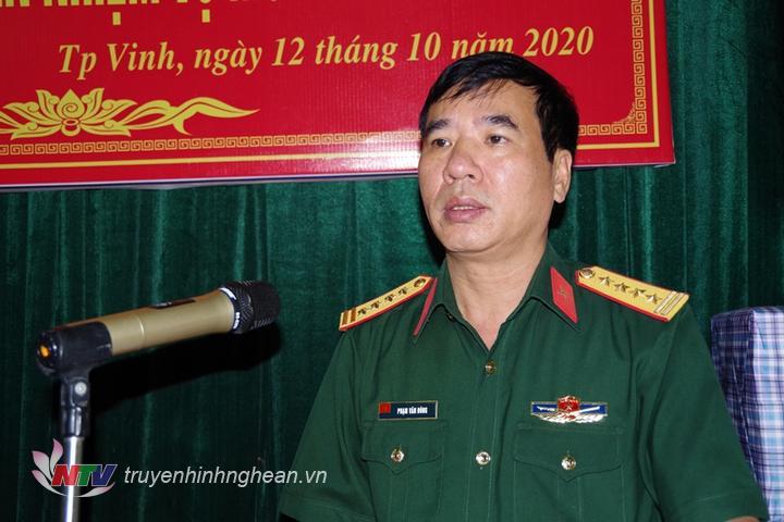 Đại tá Phạm Văn Đông - Chính uỷ Bộ CHQS tỉnh