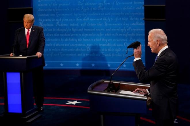 Cuộc tranh luận có ý nghĩa quyết định với cả hai ứng viên để vận động cử tri khi chỉ còn gần 10 ngày trước ngày bầu cử. Ảnh: Reuters.