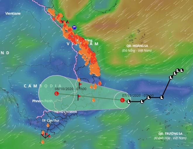 Dự báo đường đi của vùng áp thấp trên Biển Đông và các điểm đang xảy ra mưa lớn, gió mạnh. Ảnh: Hệ thống giám sát thiên tai Việt Nam.