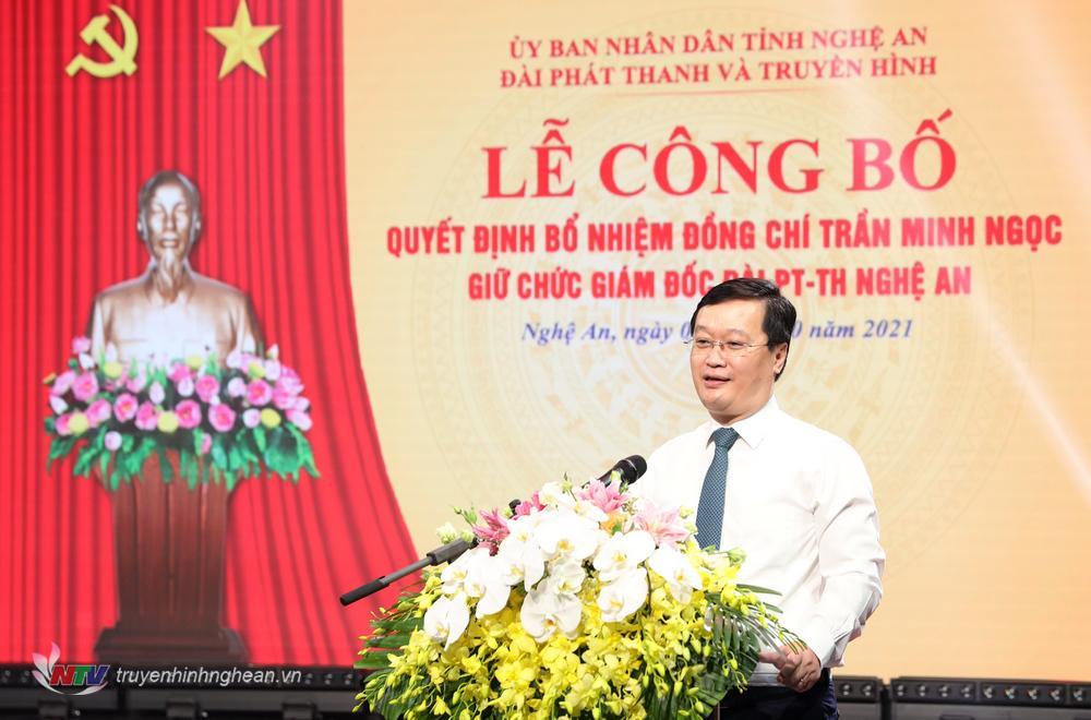 Chủ tịch UBND tỉnh Nguyễn Đức Trung phát biểu giao nhiệm vụ.
