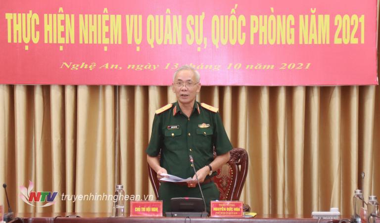 Thiếu Tướng Nguyễn Đức Hóa, Phó Chính ủy Qk4 phát biểu kết luận tại hội nghị.