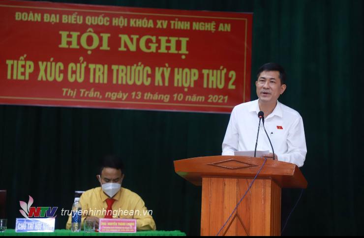 Đại biểu Thái Văn Thành thông báo nội