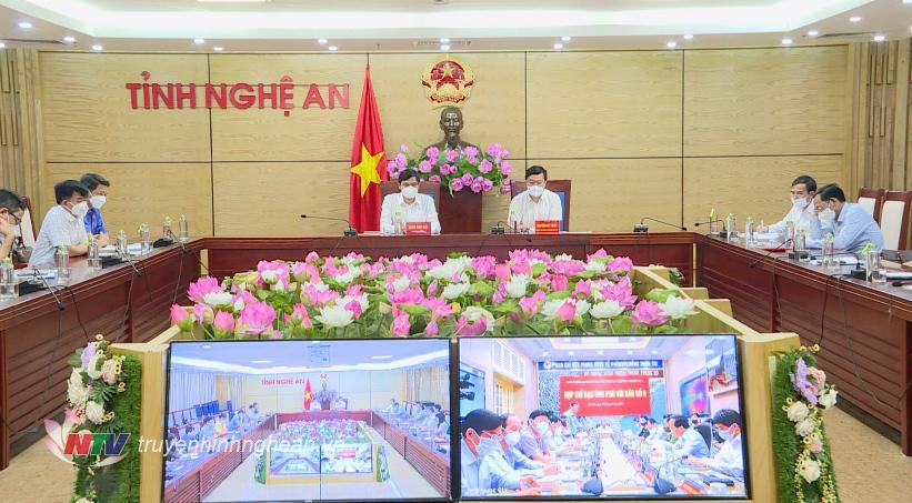 Toàn cảnh cuộc họp tại điểm cầu Nghệ An.