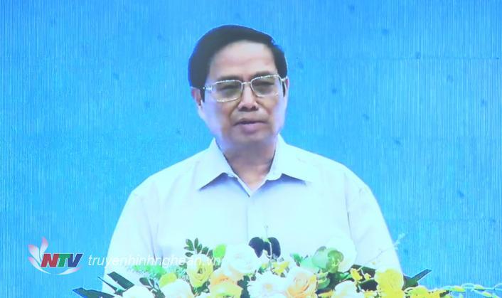 Thủ tướng Chính phủ Phạm Minh Chính phát biểu chỉ đạo tại hội thảo.