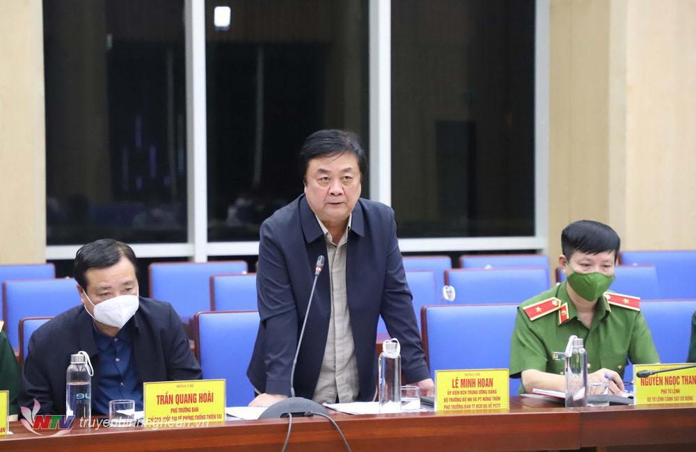 Đồng chí Lê Minh Hoan - Ủy viên Trung ương Đảng, Bộ trưởng Bộ Nông nghiệp & PTNT, Phó Trưởng Ban Thường trực Ban Chỉ đạo Quốc gia về Phòng, chống thiên tai kết luận buổi kiểm tra.