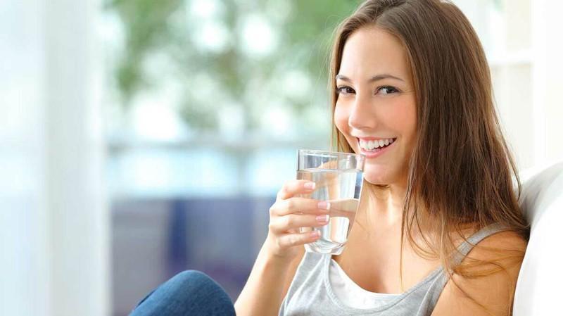 Tăng cường hệ miễn dịch: Uống nước khi đói giúp cân bằng hệ bạch huyết, dẫn đến tăng cường hệ miễn dịch. Một hệ miễn dịch khỏe mạnh sẽ giúp bạn an toàn trước nhiều bệnh tật.