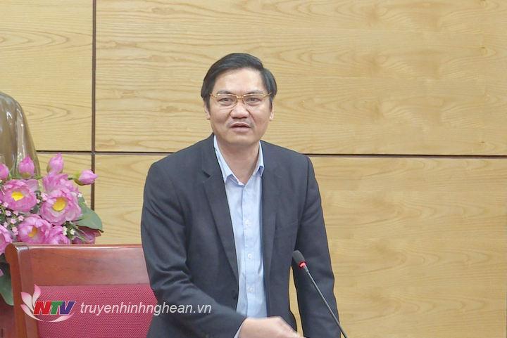 Phó Chủ tịch UBND tỉnh Hoàng Nghĩa HIếu phát biểu kết luận cuộc họp.