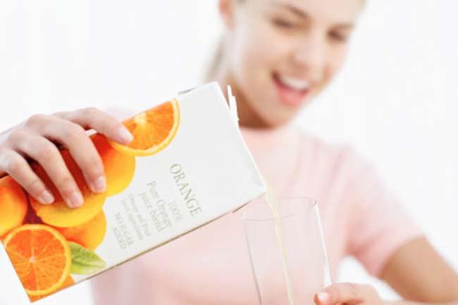Nước cam ép: Các sản phẩm nước cam được quảng cáo là tốt cho tim mạch vì các nhà sản xuất thêm vào đó omega-3 từ một số loại cá. Một số hãng sử dụng vitamin D từ nhau thai cừu.
